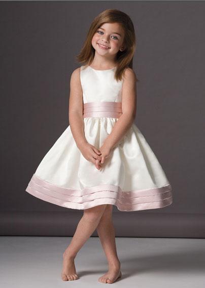 ملابس حلووووووووووووة للأطفال الحبايب