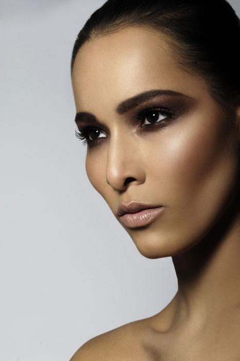 2010 Bridal Makeup Trends: Smokey Eyes