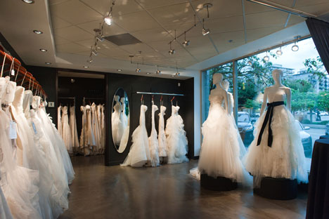 bride.ca | The New Vera Wang Shop-in-Shop on the West Coast!