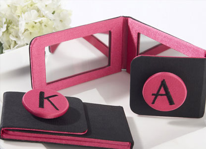 Bridesmaids Gifts: Personalised make-up mirror
