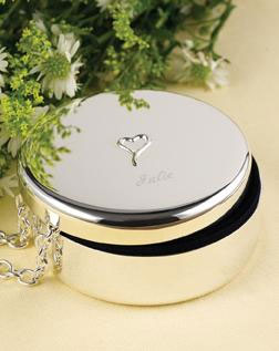Bridesmaids Gift Idea: personalised jewellery box