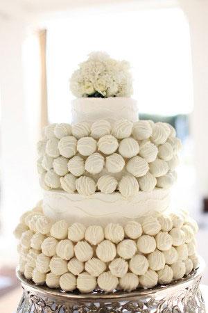 trend alert cake pop wedding cakes. Black Bedroom Furniture Sets. Home Design Ideas