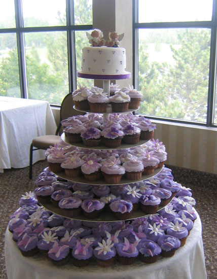 wedding cupcakes 101 cupcake wedding cake ideas. Black Bedroom Furniture Sets. Home Design Ideas