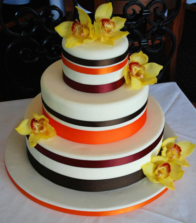 with your own cake decisions Great color theme for a Fall Wedding