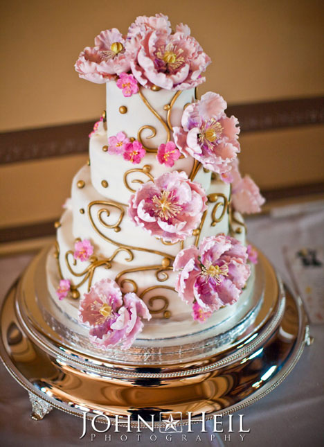 Wedding Cake by Cakes Galore , Victoria , Photo by John Heil