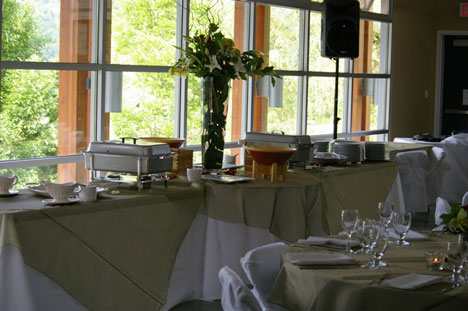 Wedding Catering: Food Stations