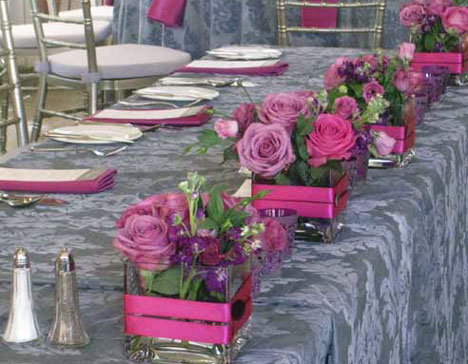 square-shaped floral wedding centrepiece 3