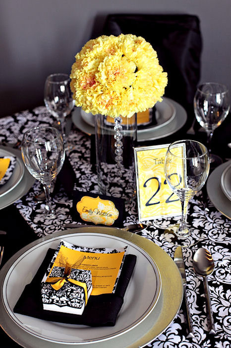 Yellow Damask & Black. Yellow