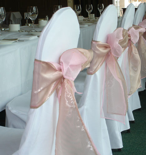 Chair Covers And Your Wedding Budget