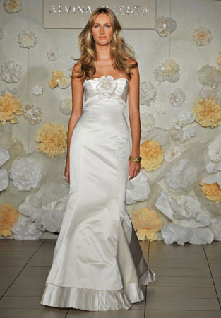 Beach Dresses: Alvina Valenta bridal gown