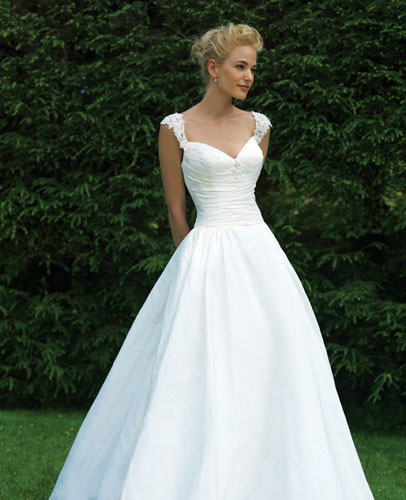 Best Simple Wedding Dresses In Canada, 2010