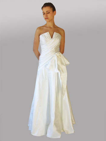 Lillen canadian wedding dress 2010: Roxana #553