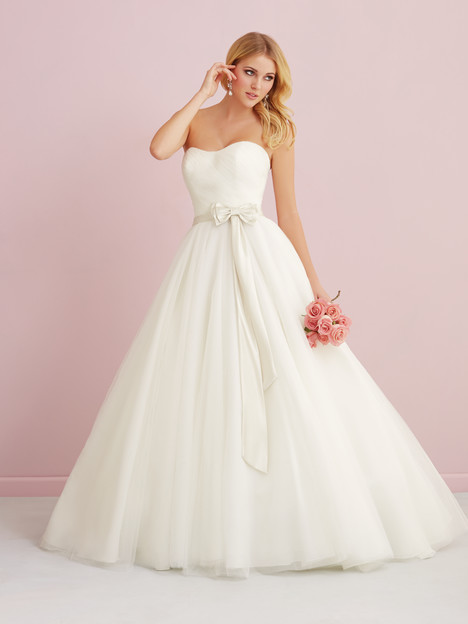 Wedding dress with modified sweetheart neckline. Style 2759 Allure Romance.