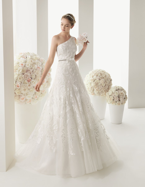 Wedding dress with strap(s). Style Marco by Rosa Clara Two.