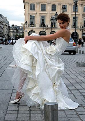 2010 Cymbeline bridal gown