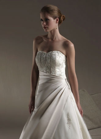 2010 Sincerity bridal gown 3570