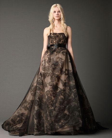 Vera Wang Fall 2012 : The Black Magic Collection