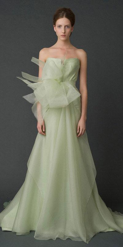 Top Wedding Dress Trends For 2012
