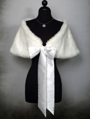 Faux-fur wedding stole