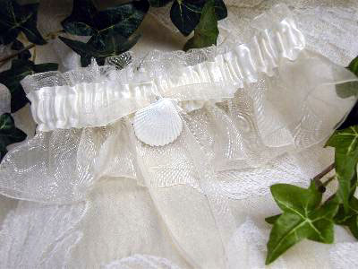 bridal garter with seashell charm Perfect for a seaside beach wedding