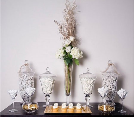 White candy in jars for your wedding