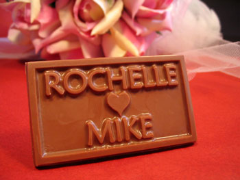 Personalized chocolate wedding favour