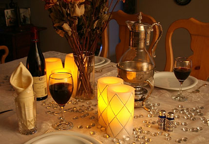 Flameless candles safe around your wedding decor