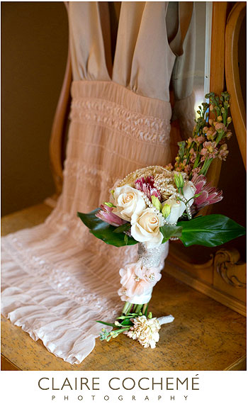 Wedding Gift Ideas Calgary : bouquet by Catalaya Floral Design & Gifts , Calgary