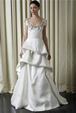 Monique Lhuillier wedding dress (spring 2010 collection)