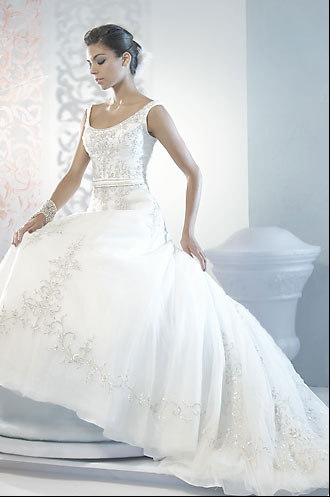 Fit for a princess this wedding dress evokes images of a fairytale wedding