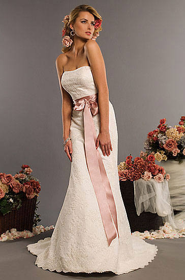 Styles of 2010 Wedding Dresses