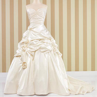 How to sell your wedding dress for Sell wedding dress online