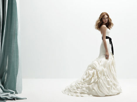 Rivini Camelia wedding dress (2011-2012)