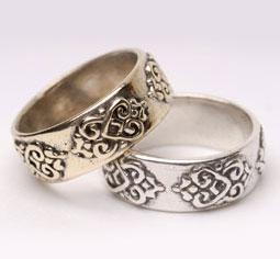 Double-lotus, heart wedding bands