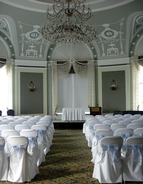 Wedding at Fairmont Hotel MacDonald, in Edmonton, Alberta