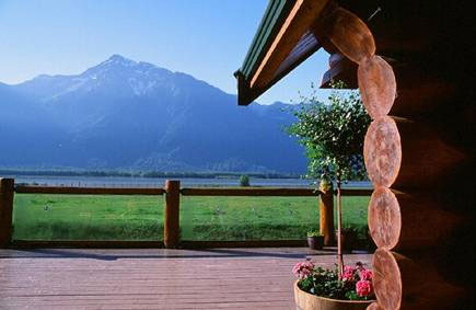 Wedding Locations In BC Fraser River Lodge