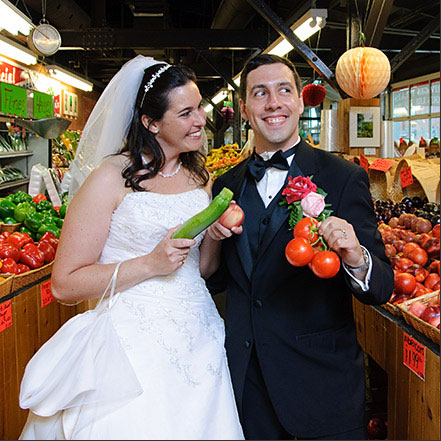 Not your Grandmother 39s Wedding Photos wedding couple in fruit stand