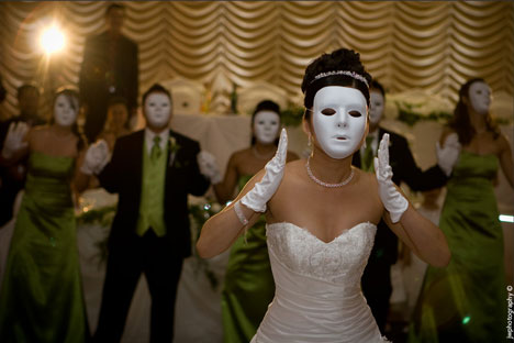 A wedding with a masquerade theme not only creates the perfect party