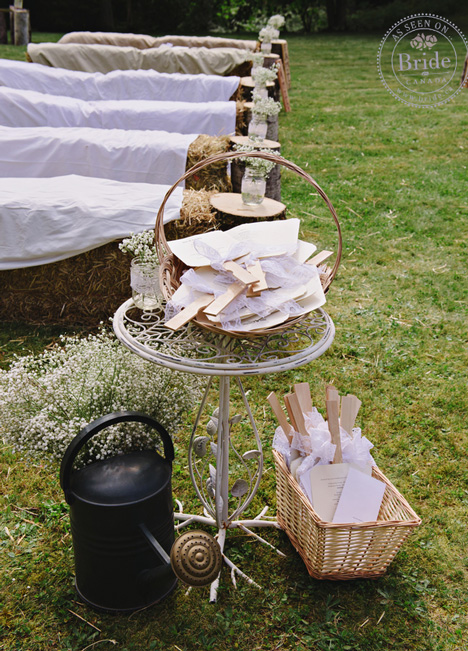 Rustic wedding decor, menues, guest books
