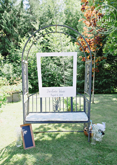 Outdoor rustic DIY wedding photobooth