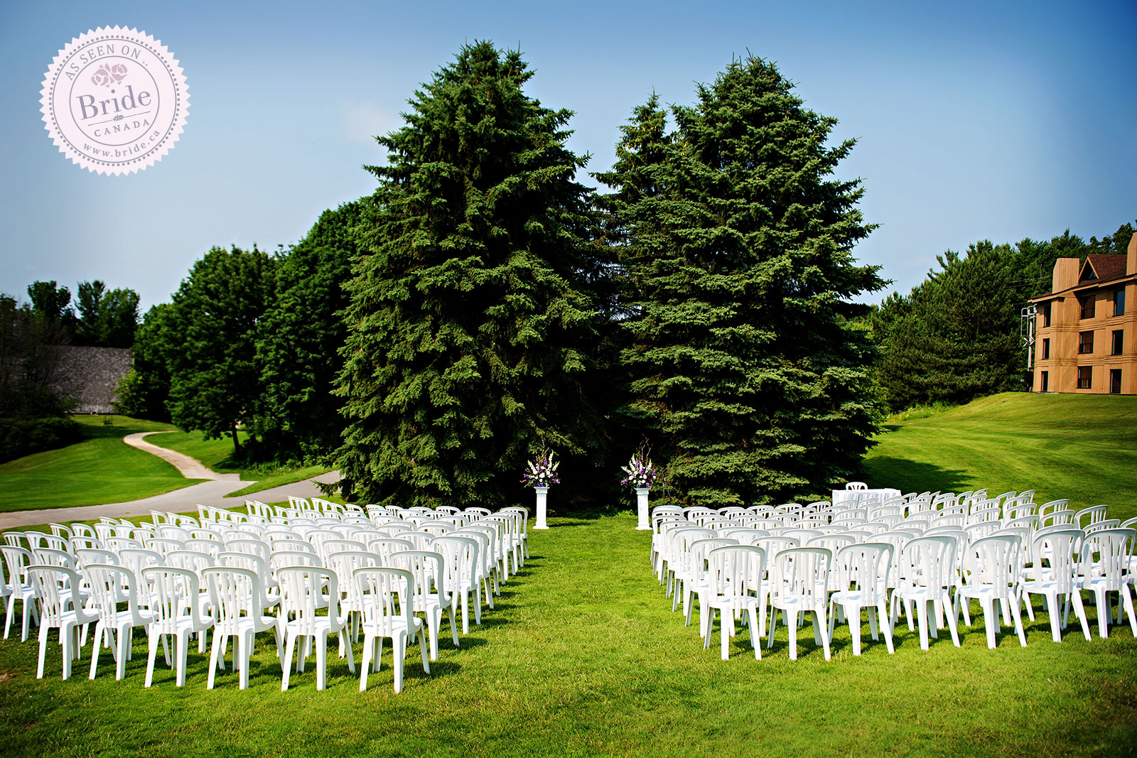 Real Wedding: A Charming Outdoor Wedding At