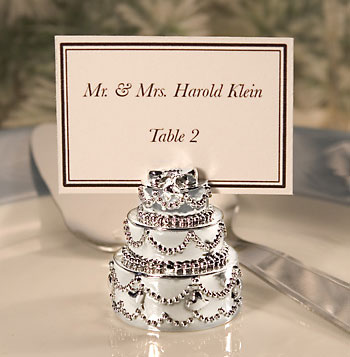 start with the tables closest to the head table and seat people there that