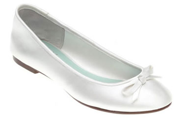 Flat-heel, ballerina-inspired wedding shoes