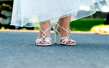 bride, wedding shoes