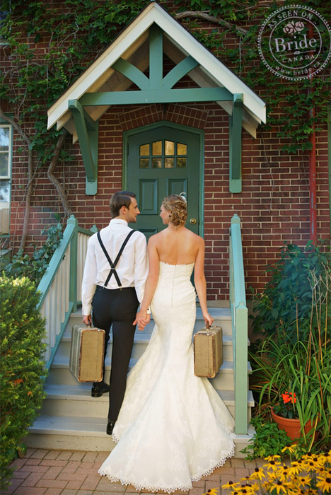 wedding couple photo idea with vintage suitcases