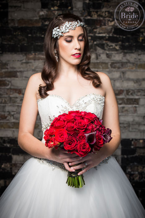 bride, red bouquet, headpiece