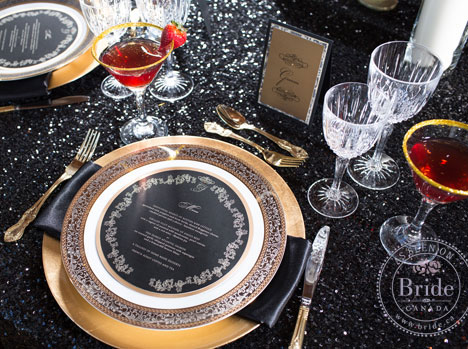 luxurious black,white and gold plate setting