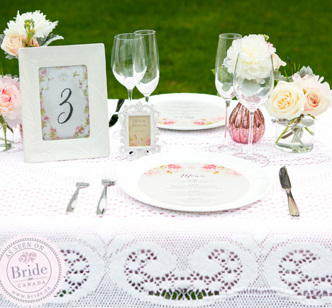 romantic, whimsical, summery table decor