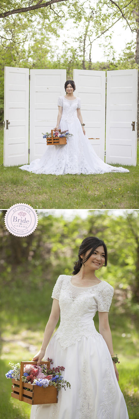 Bride wearing Kenneth Winston wedding dress for outdoor country style wedding