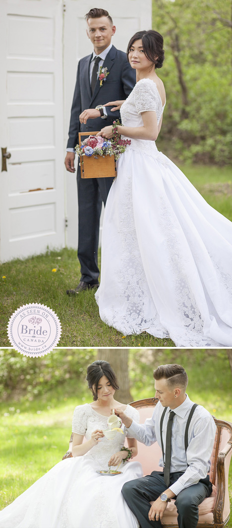 bride and groom outdoor country style wedding reception ideas vintage door and loveseat